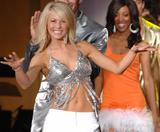 Julianne Hough Why else would anyone watch Dancing with the Stars? Foto 8 (Джулианна Хью Иначе зачем бы кто-нибудь смотреть 'Танцы со звездами? Фото 8)