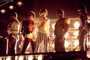 1984 VICTORY TOUR  Th_754046402_6884034044_dc8ed7faef_b_122_420lo