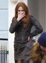 Карен Гиллан, фото 137. Karen Gillan - On The Set Of Doctor Who In Cardiff - 4/5/12, foto 137