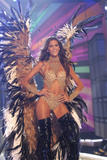 th_08835_fashiongallery_VSShow08_Show-275_122_828lo.jpg